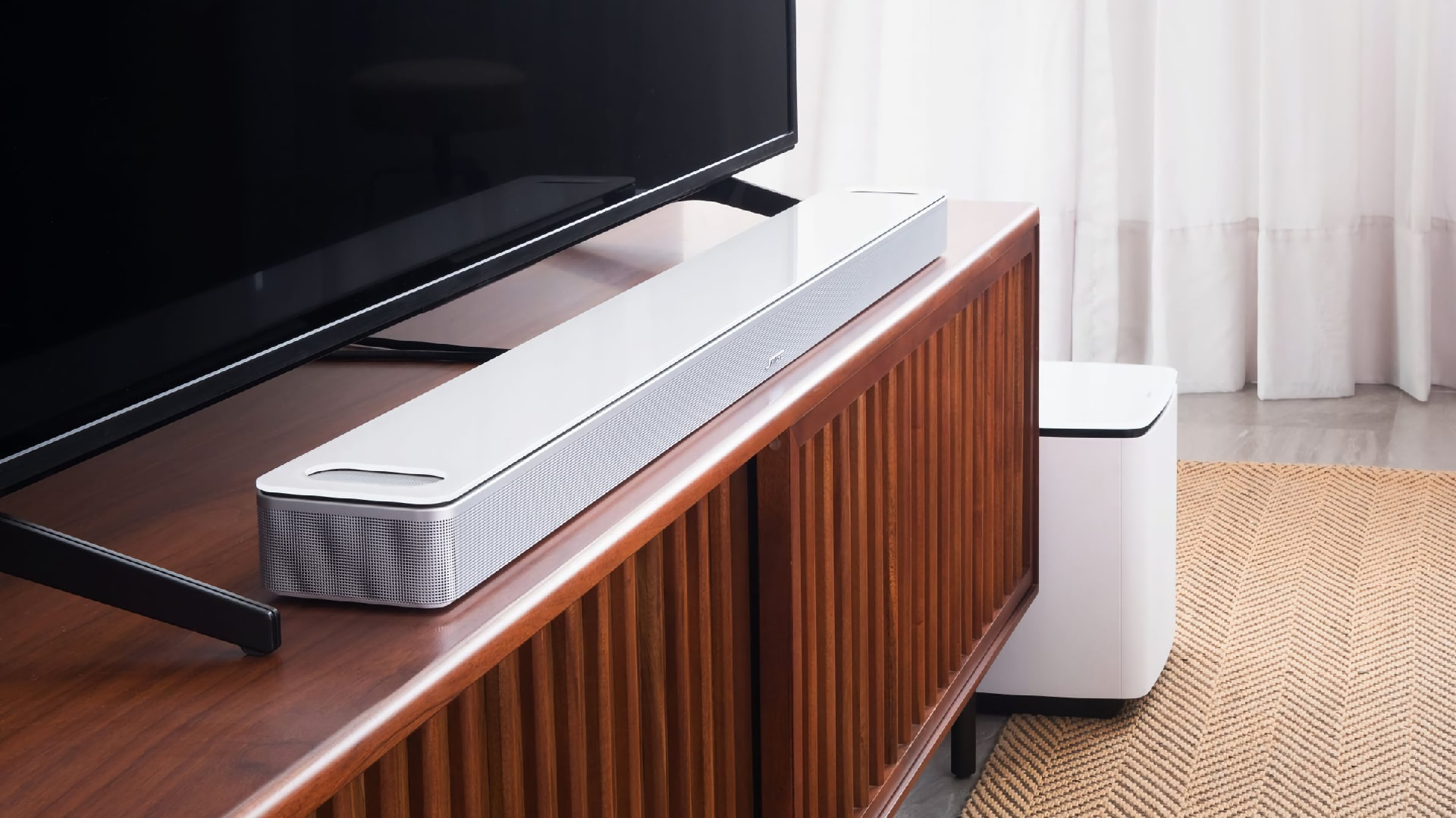 Bose Smart Soundbar 900 fehér